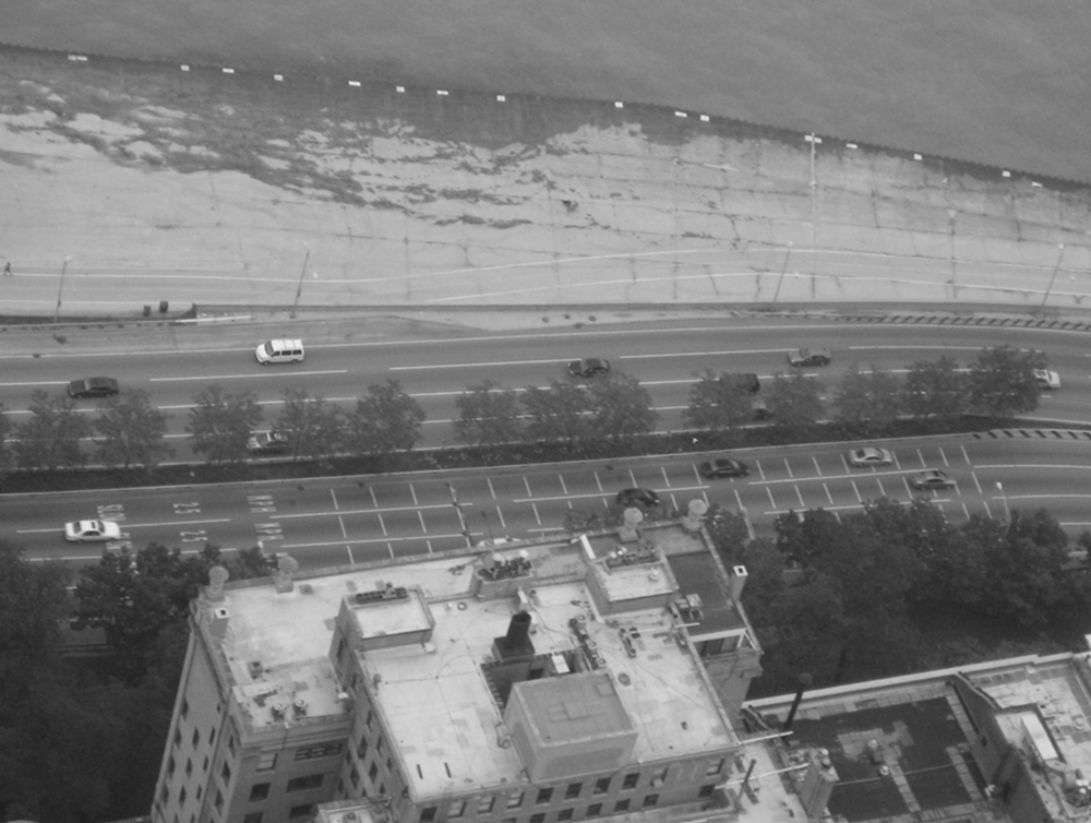 Figure 2.16. Aerial photo of Lake Shore Drive in Chicago